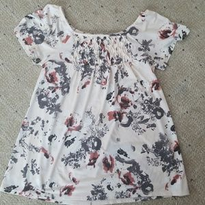 Maurices white floral blouse
